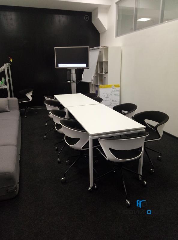 Офисный Стол на колесиках 140х75х70 kdr-140 | Фото - 6